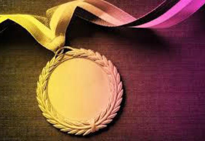 В Азербайджане учреждена юбилейная медаль