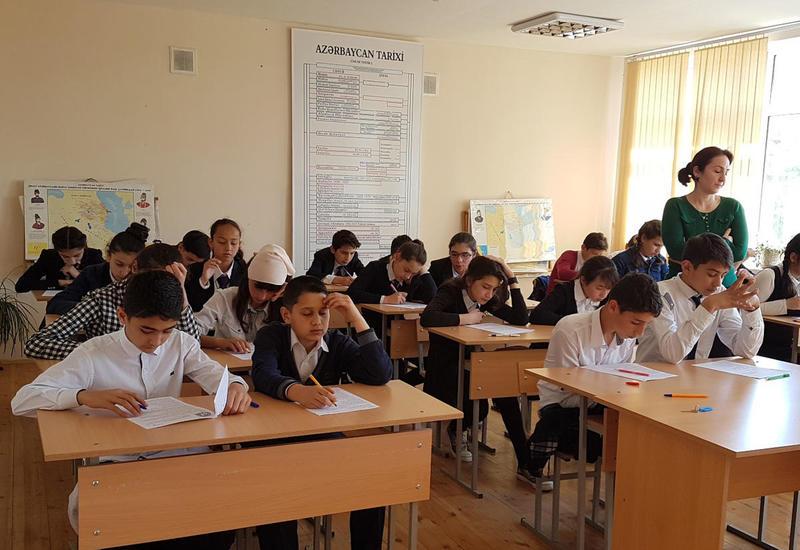 В Азербайджане стало больше учащихся