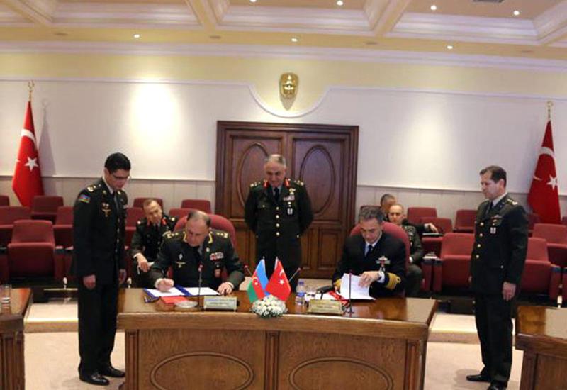Азербайджан и Турция провели военные переговоры