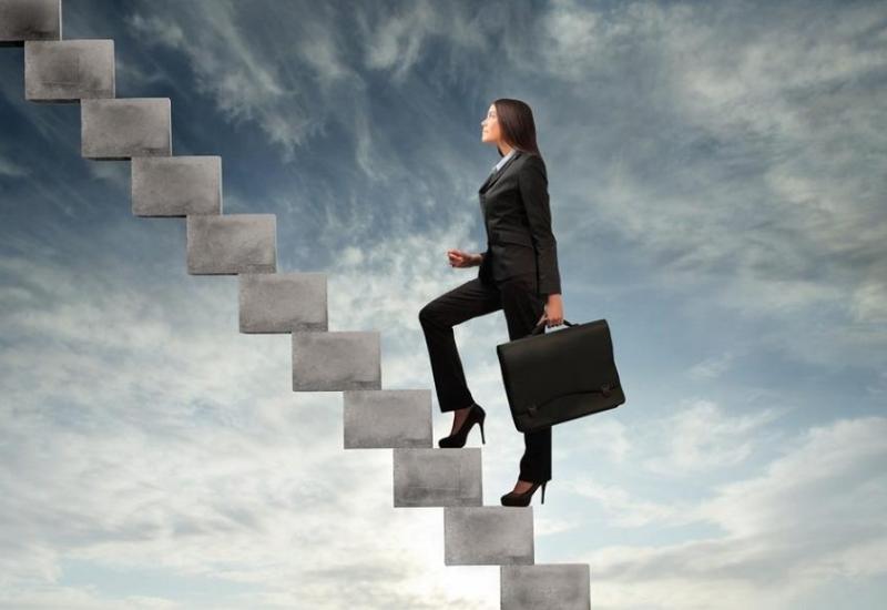США поддерживают Азербайджан в деле развития женского предпринимательства