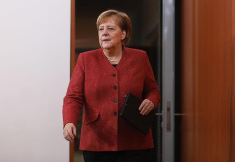 Названа причина поломки самолета Меркель
