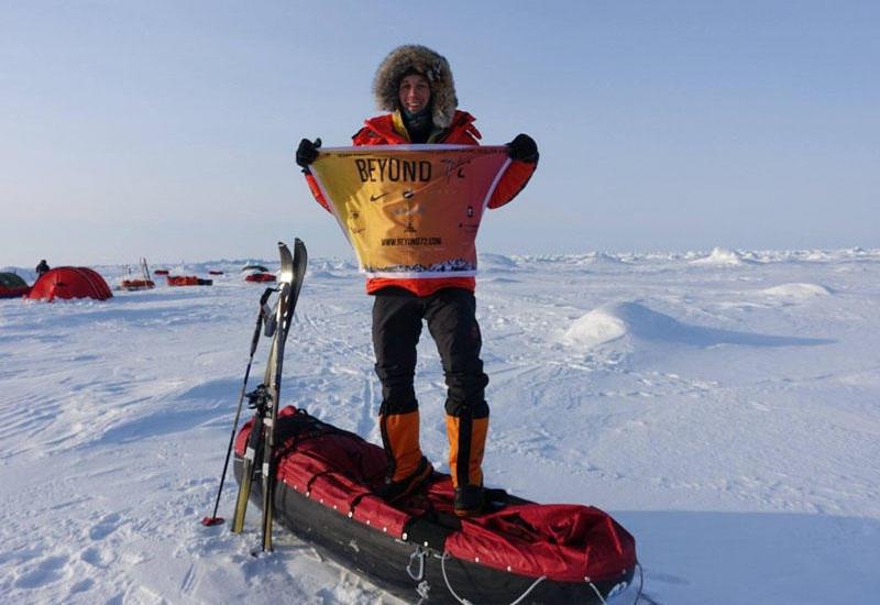 Amerika sakini tarixdə ilk dəfə xizəklə təkbaşına Antarktidanı keçib