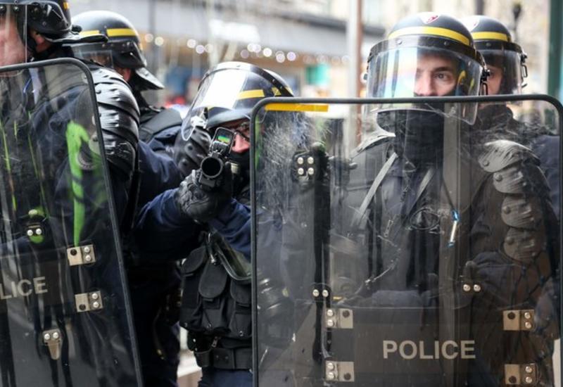 Французские полицейские требуют ужесточить меры против погромщиков