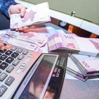 """Вот кто будет платить налог с зарплат в Азербайджане <span class=""""color_red"""">- РЕШЕНИЕ ПРИНЯТО</span>"""