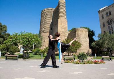 """5 самых популярных видов танца в Баку <span class=""""color_red"""">- ФОТО</span>"""