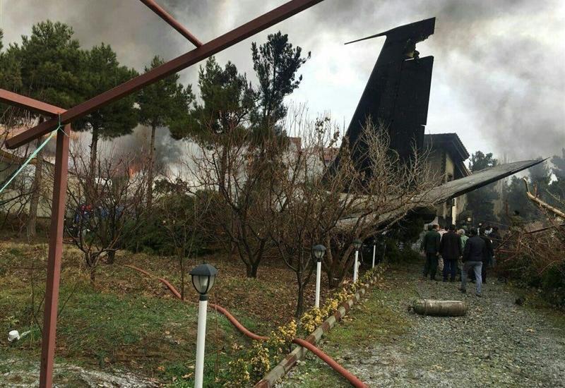 В Тегеране разбился самолет, много погибших