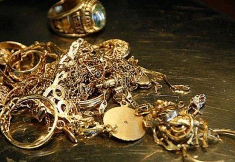 Ölkənin qızıl-gümüş bazarı həftəyə ucuzlaşma ilə başladı