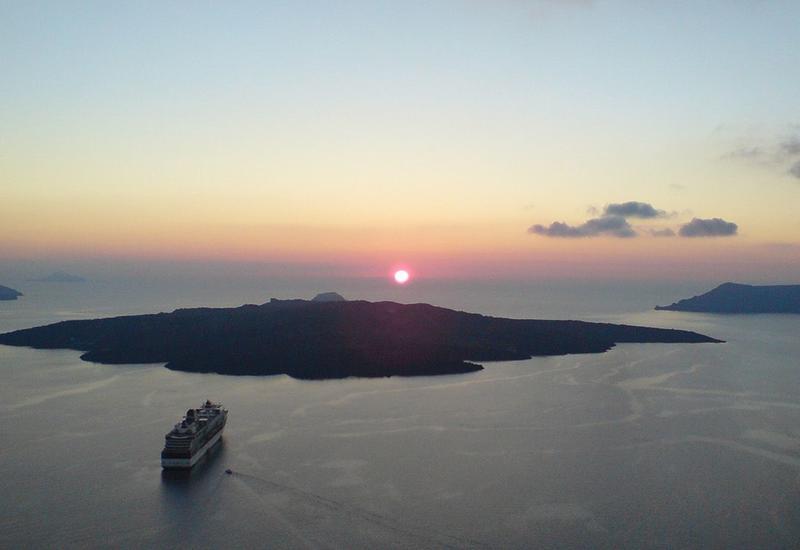 NASA исследует подводный вулкан Колумбос в Греции