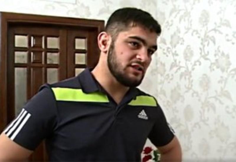 Российский боец MMA устроил погром в банке