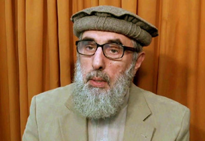 Экс-премьер Афганистана вступил в борьбу за пост президента