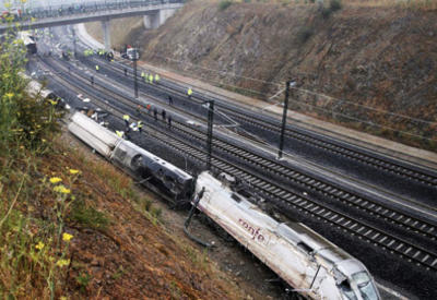 В Иране поезд сошел с рельсов