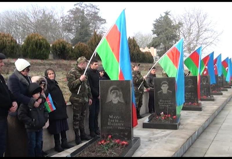 """В Исмаиллинском районе прошло шествие в связи с годовщиной трагедии 20 Января <span class=""""color_red"""">- ВИДЕО</span>"""
