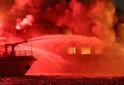 Qara dənizdə iki gəmidə yanğın nəticəsində 10 nəfər ölüb