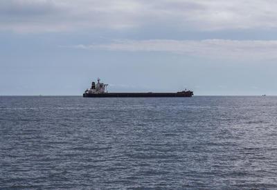 В Германии сел на мель танкер с девятью тоннами опасного груза
