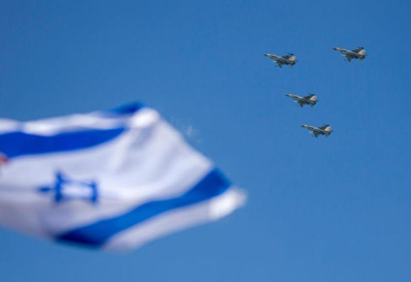 Израиль нанес массированный ракетный удар по Дамаску