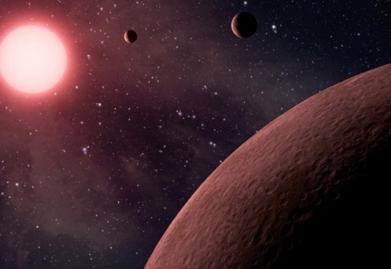 Найдена редкая экзопланета, распадающаяся на части