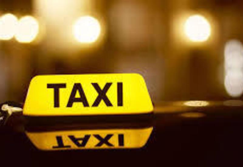 Водители такси смогут получить отличительный знак онлайн