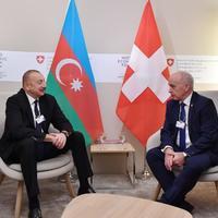 """Президент Ильхам Алиев: Азербайджан заинтересован в привлечении большего количества швейцарских компаний в экономическое развитие Азербайджана в качестве инвесторов <span class=""""color_red"""">- ФОТО</span>"""