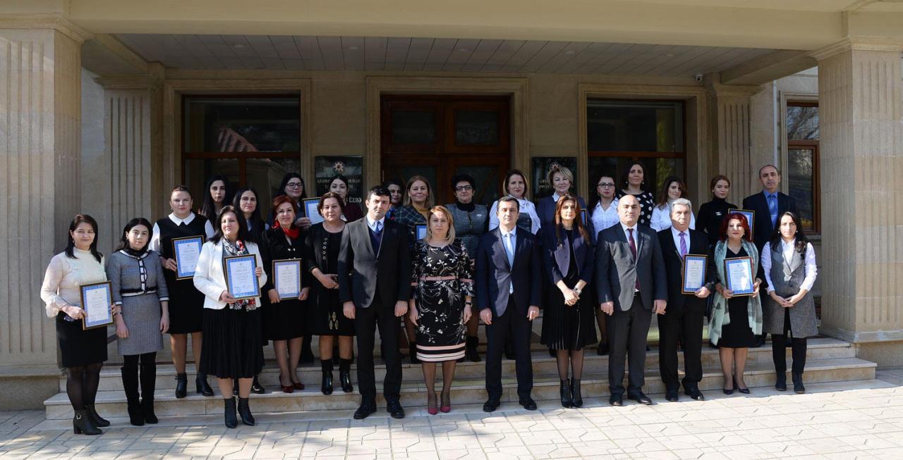 Названы лучшие сайты школ в Баку