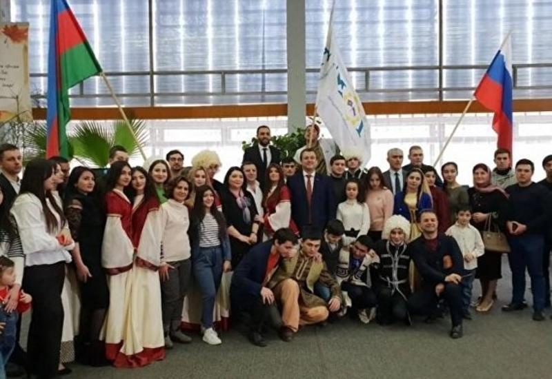 Азербайджанская молодежь Ульяновска отметила День национальной культуры
