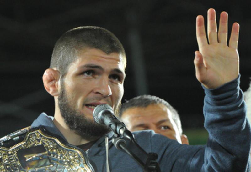Нурмагомедов потребовал денег для ударившего Макгрегора бойца