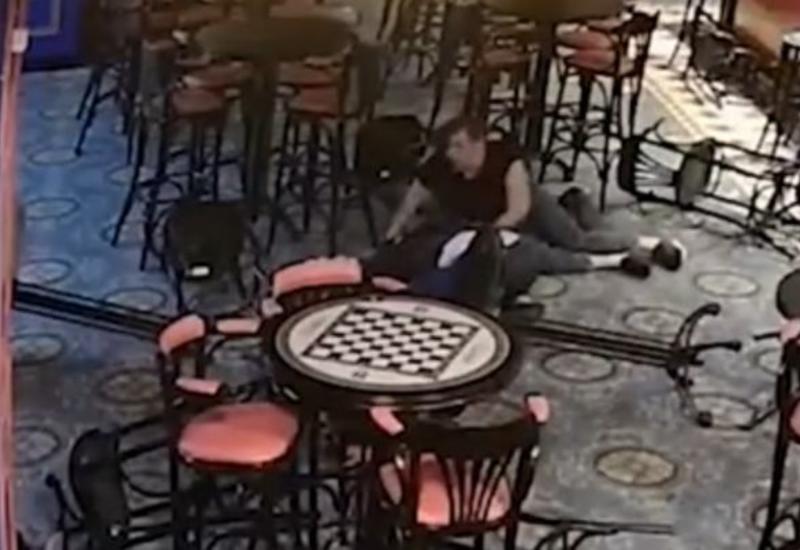 В России бармен до смерти избил гостя