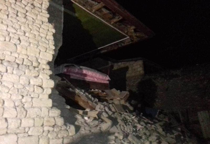 Первые фото разрушений в Шамахе после землетрясения