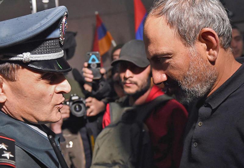 Пашинян прогнал главу полиции, следующий - министр обороны