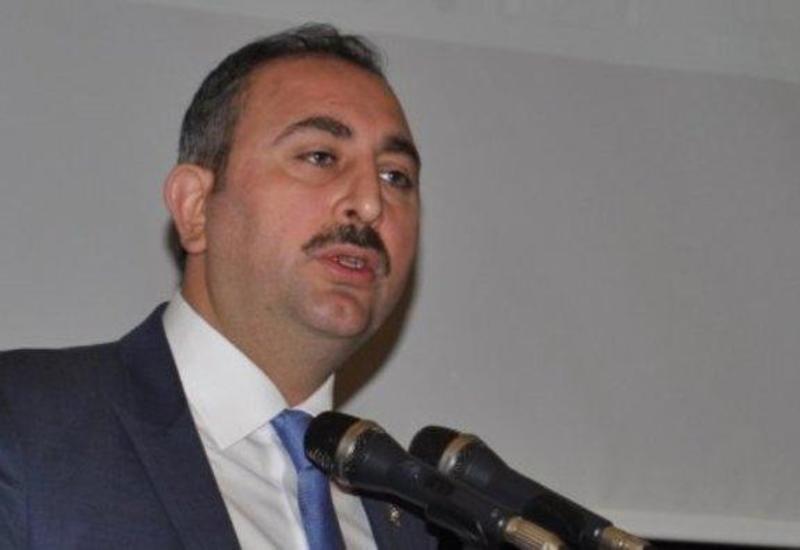 Министр юстиции Турции: Гюлен не сможет скрываться в Египте