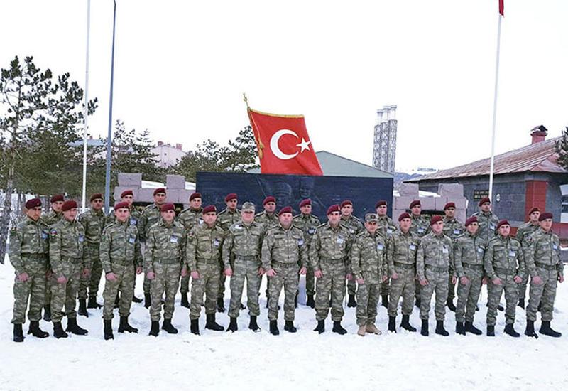 Азербайджанские военнослужащие на учениях в Турции