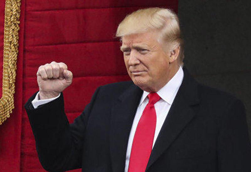 Трамп обсудил с главой ФРС влияние усиления доллара на торговлю с Китаем и ЕС