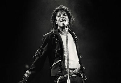Останки Майкла Джексона хотят эксгумировать