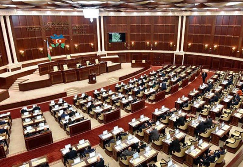 Обновленный парламент Азербайджана должен быть более активным и дееспособным