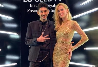 "Азербайджанец произвел фурор на премии «Человек года 2018» в Турции <span class=""color_red"">- ФОТО</span>"