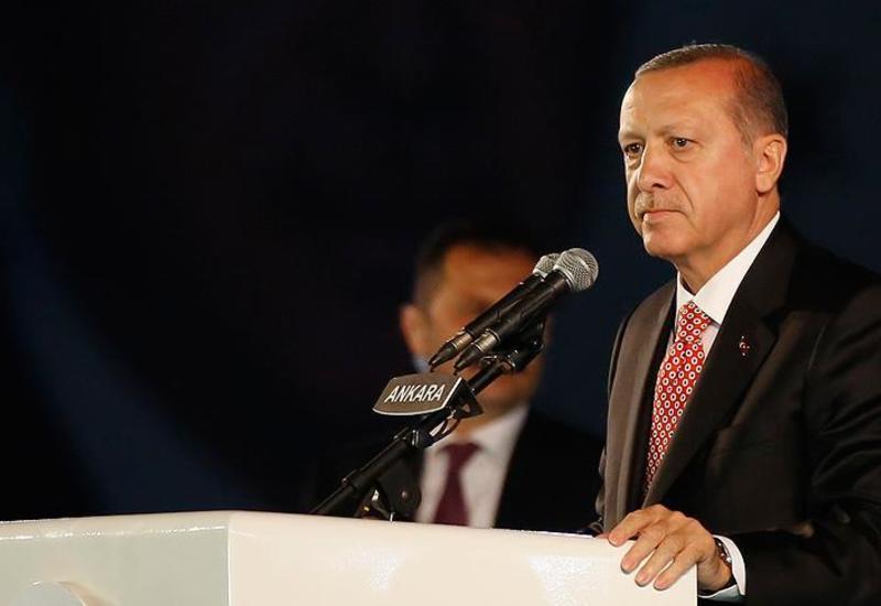 Эрдоган жестко осудил решение Макрона