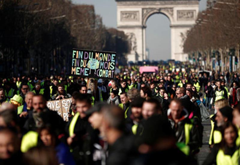 В ходе субботних протестов в Париже задержали 29 человек