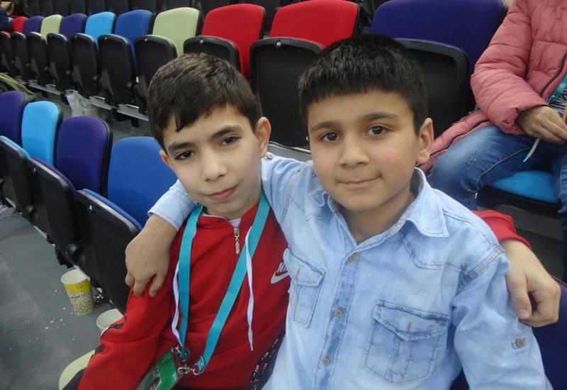 Юные зрители впечатлены соревнованиями в рамках Кубка мира в Баку