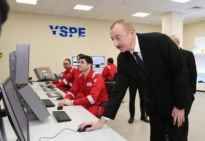 """Президент Ильхам Алиев принял участие в открытии в Сумгайыте завода по производству полиэтилена высокой плотности «SOCAR Polymer» <span class=""""color_red"""">- ФОТО</span>"""