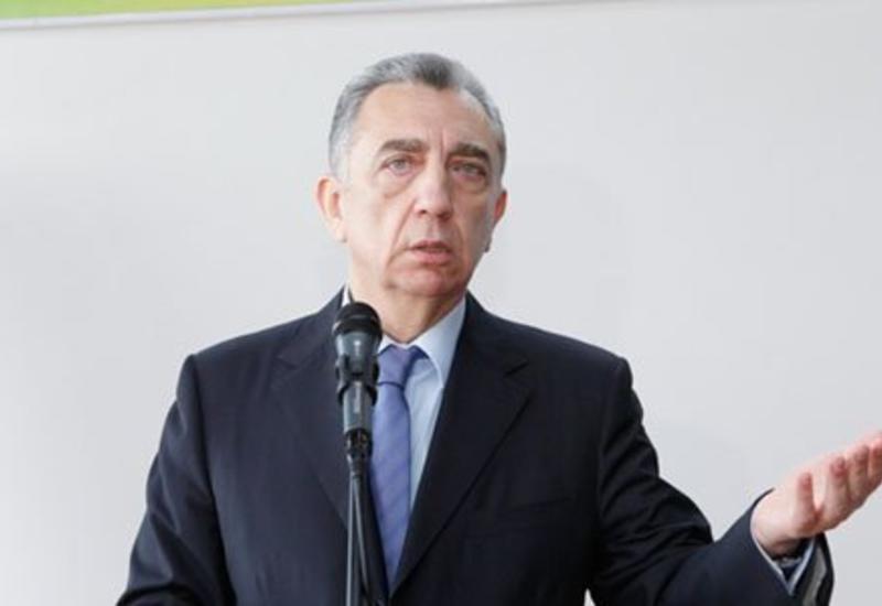 Eldar Əzizov töhmət verdiyi baş direktoru işdən çıxartdı