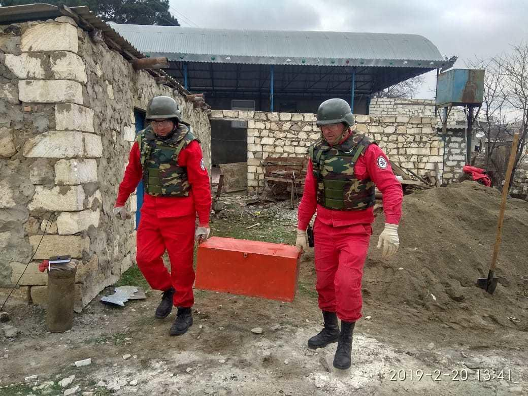 В Агстафе обнаружили свыше ста неразорвавшихся мин