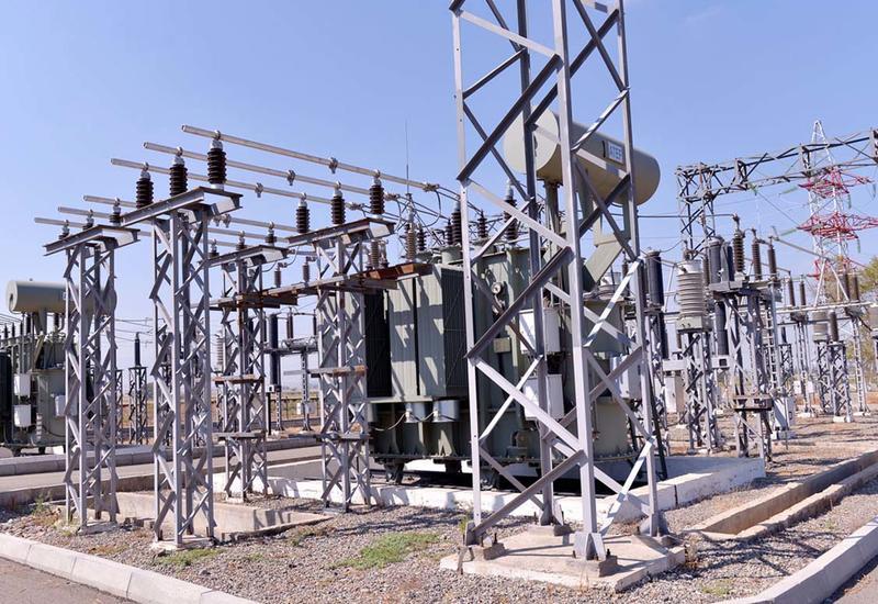 В Баку обновляют систему электроснабжения