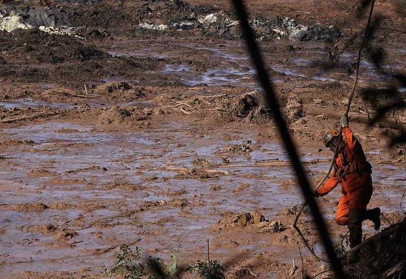 """Страшная катастрофа в Бразилии, сотни погибших и пропавших без вести <span class=""""color_red"""">- ФОТО - ВИДЕО</span>"""