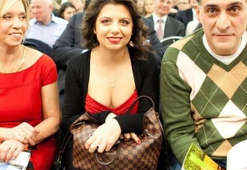 Маргарита Симоньян и ее глубокое декольте