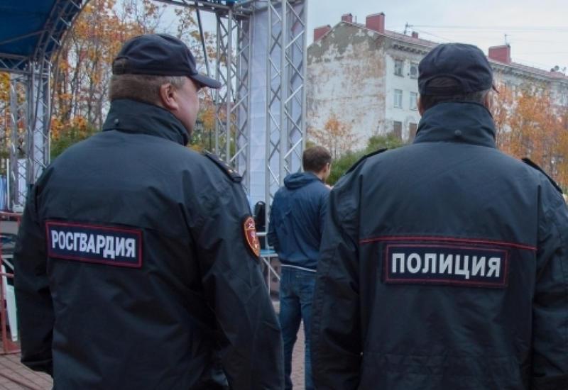 В России полицейские нашли в багажнике машины окровавленного мужчину