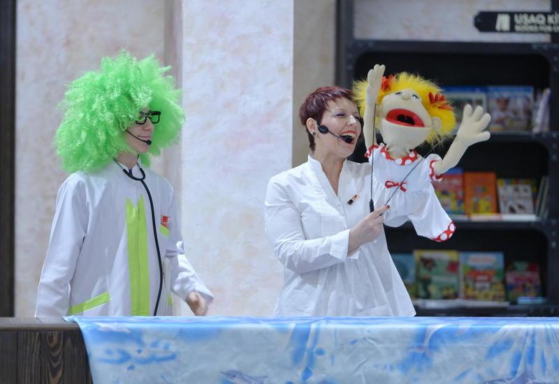 """Как куклы влияют на развитие детей – театрализованные сценки в Баку <span class=""""color_red"""">- ФОТО</span>"""