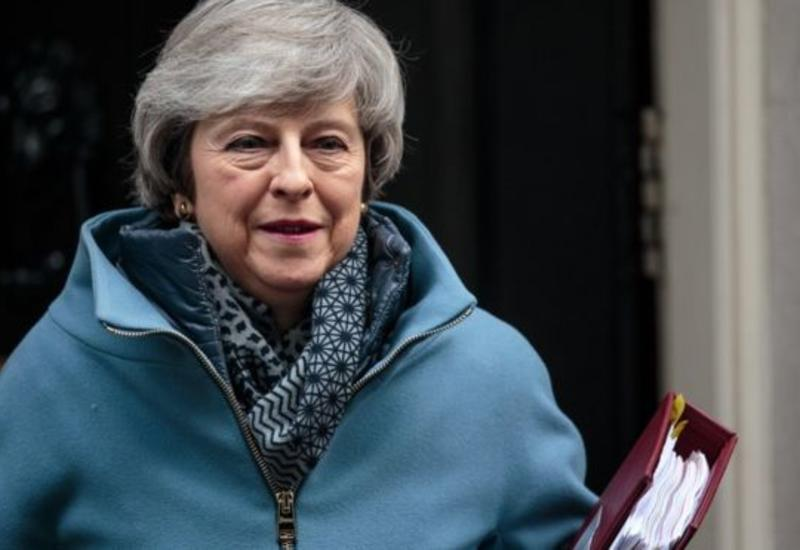 Тереза Мэй может столкнуться с массовым восстанием министров