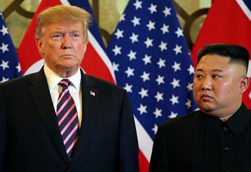 Трамп и Ким Чен Ын досрочно покинули место проведения саммита