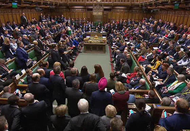 Парламент Великобритании согласился голосовать об отсрочке Brexit