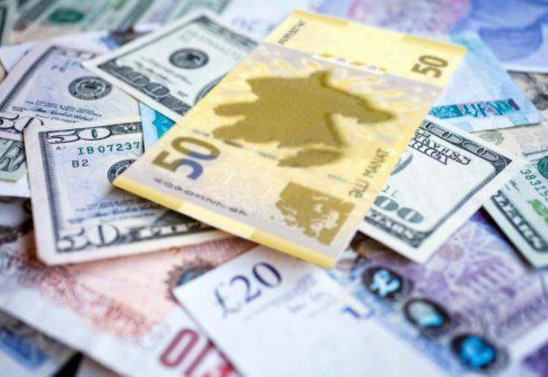 За минувшую неделю манат укрепился к евро и рублю