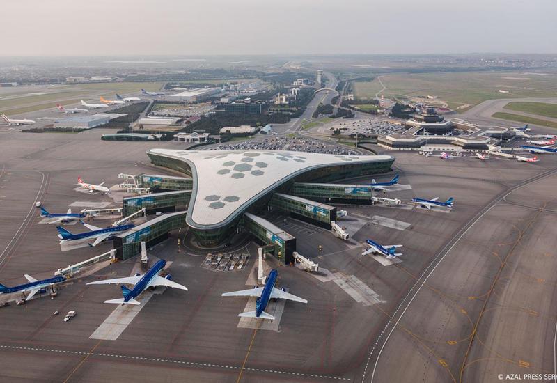 Duman Bakı aeroportunun işinə təsir edib?